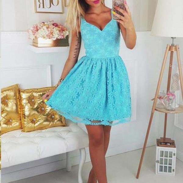 Junior A Line Spaghetti Straps Sweetheart Open Back Lace Short Homecoming Dress for Teens